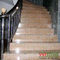 Cầu thang ốp đá granite Đỏ Hoa Cương Bình Định