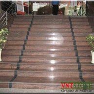 Đá ốp cầu thang giá rẻ Hồng Sa Mạc