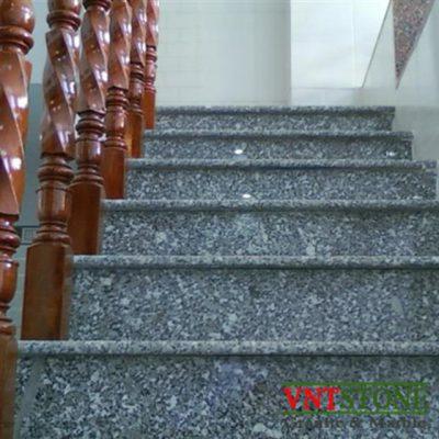 Đá lát cầu thang granite - Cầu thang đá Trắng Suối Lau