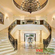 Cầu thang ốp đá marble crema Nova