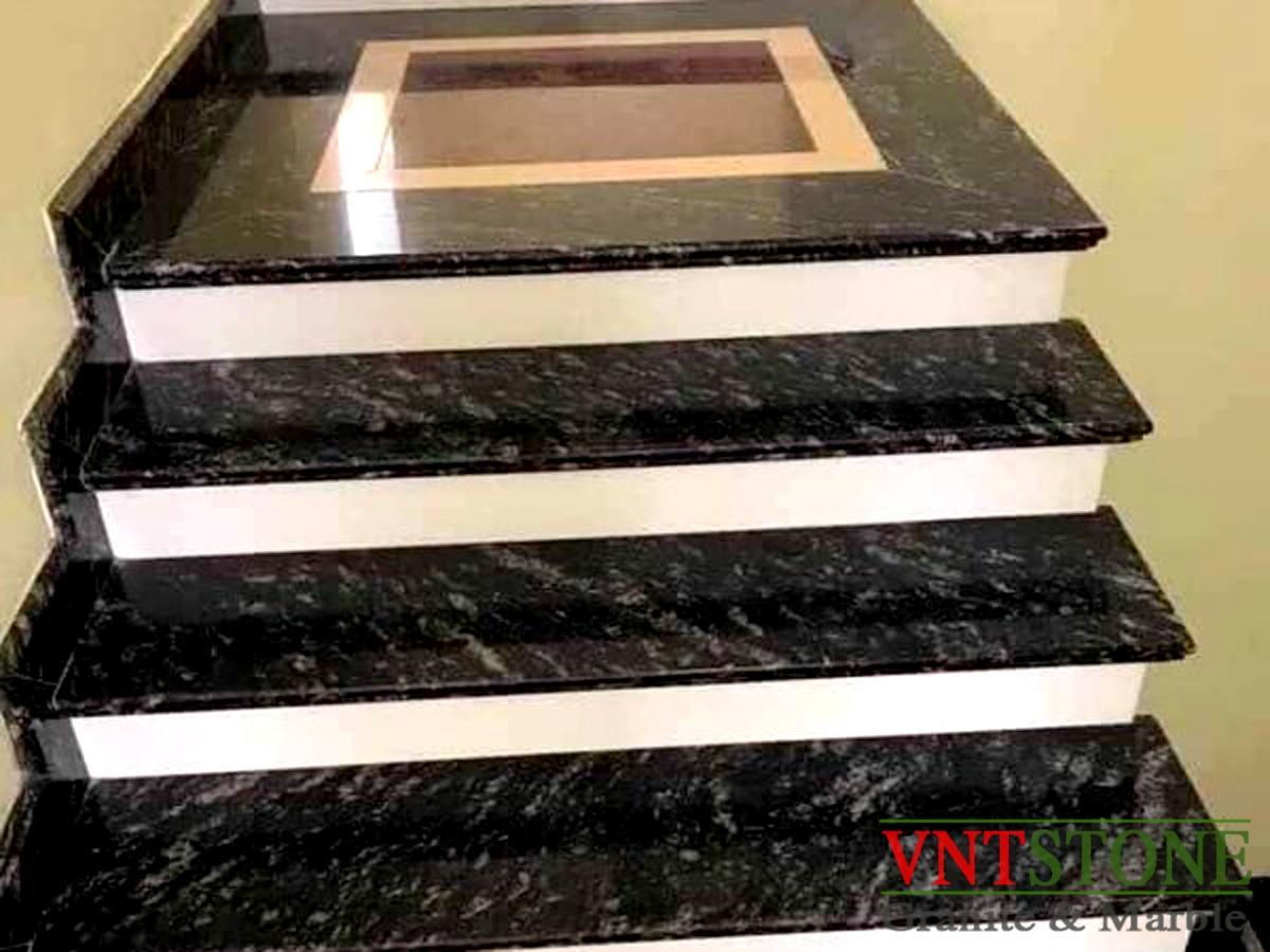 Cầu thang đá granite Đen Nhiệt Đới